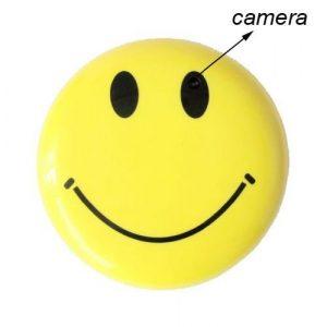 versteckte-kamera-kaufen-smiley-button-knopfkamera