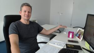 DEINE BEWERBUNG FÜR EIN PRAKTIKUM als Online-Video-Redakteur 1